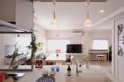 1階LDKの3階建て住宅の2階にキッチンを新設。二世帯が仲良く暮らせる家に