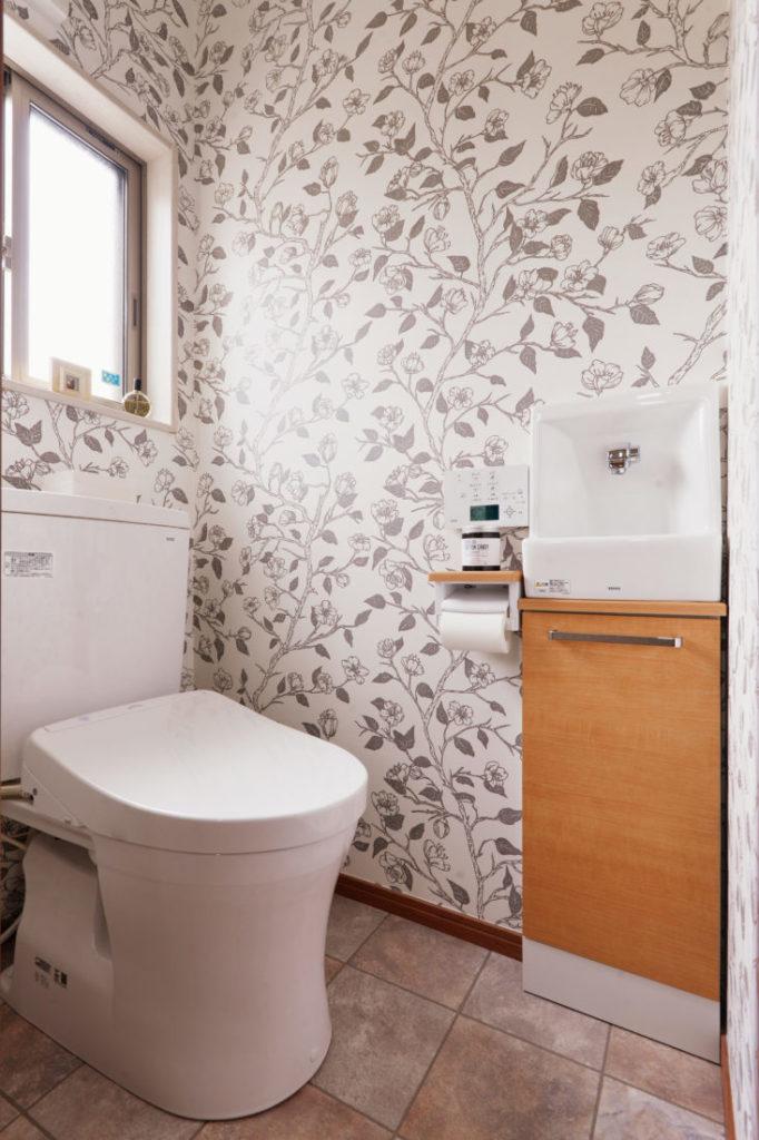 トイレ施工事例 壁紙 クロス張替え
